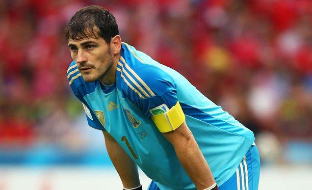 Iker Casillas pyysi Espanjan floppausta anteeksi.