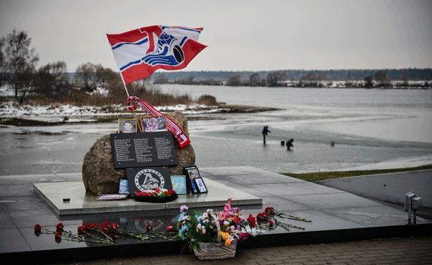 44 ihmistä kuoli Lokomotiv Jaroslavlin lento-onnettomuudessa.