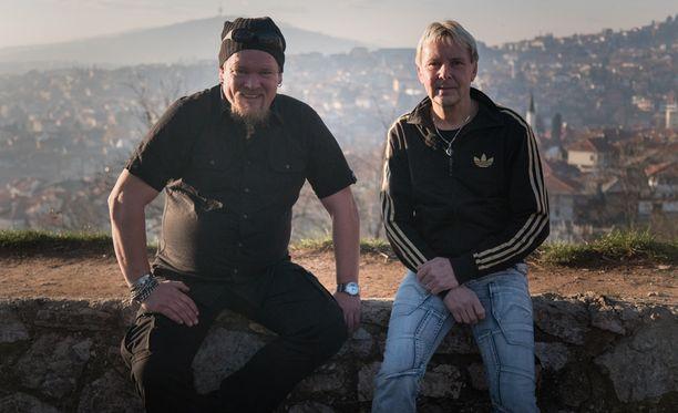 Matti Nykänen äimistelee ohjelmassa Sarajevon uudelleenrakentamista 1990-luvun sodan kärsimysten jälkeen.