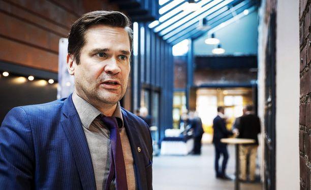 Ulkopoliittisen instituutin ohjelmajohtaja Mika Aaltola piti Trumpin puhetta ulkopoliittisena linjavetona.
