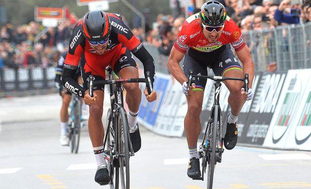 Maanantain etapilla Saganin (oik.) sääret olivat jo ajellut.