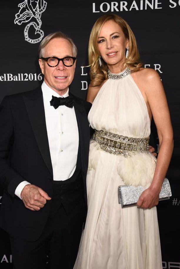 Tommy Hilfiger ja vaimonsa Dee Ocleppo