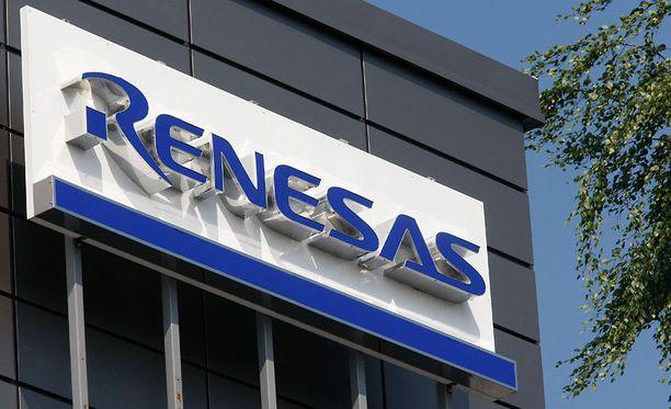 Suomessa Renesasilla on 760 työntekijää, suurin osa heistä Oulun tehtaalla (kuva).