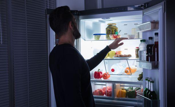 Tutkimuksen mukaan suurin osa päivän kaloreista kannattaa syödä ennen iltaa.