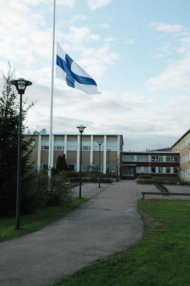 Länsisuomalaisen koulun kuudesluokkalaisten leirikoulumatka Ahvenanmaalle keskeytyi tapahtumien johdosta.