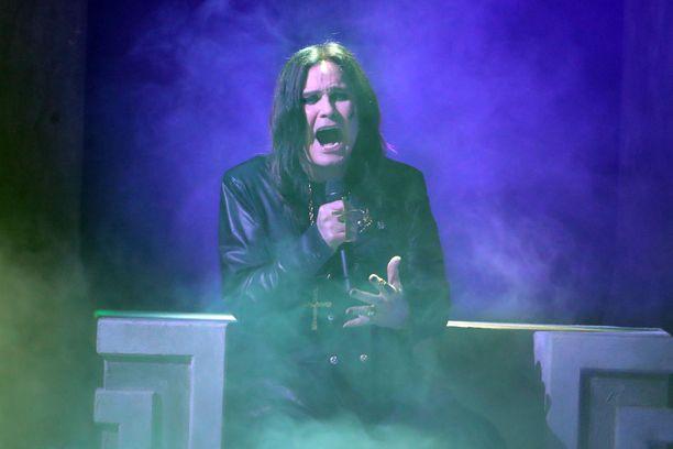 Ozzy Osbourne esiintyi vielä marraskuussa 2019 American Music Awards -tapahtumassa Los Angelesissa.
