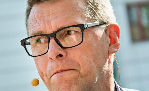 Keskustan eduskuntaryhmän puheenjohtaja, ex-pääministeri Matti Vanhanen sanoo, ettei hän ole Sipilän neuvonantaja.