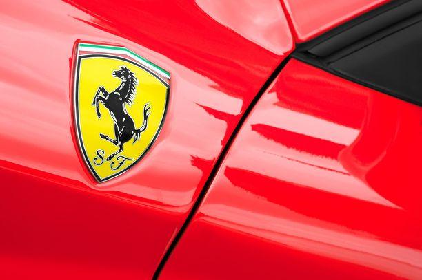 Henrik Mykrä on saanut syytteen Ferrarilla kaahailustaan. Kuvituskuva.