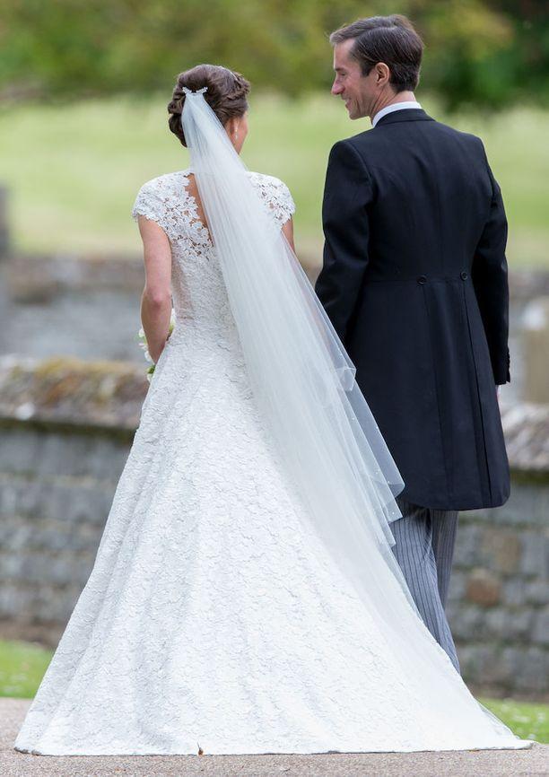 Meghan Markle jättäytyi pois Pippa Middletonin häistä, ettei veisi huomiota hääparilta.