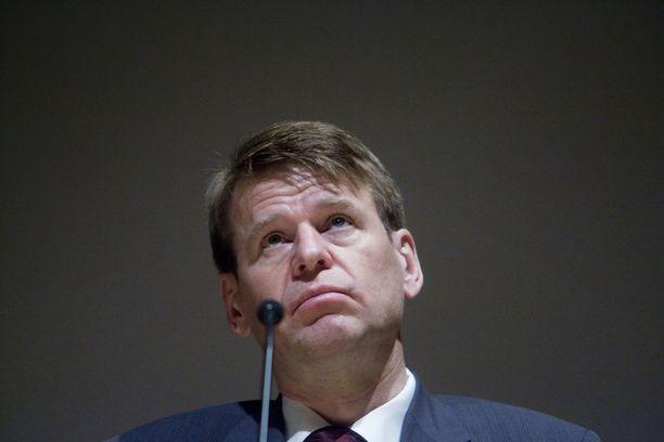 Martin Scheinin mukaan Helsingin sanomien toimittajia yritetään pelotella.