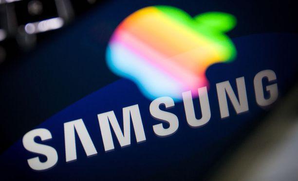 Samsung joutui vihdoin taipumaan Applen otteessa. Kuvituskuva.