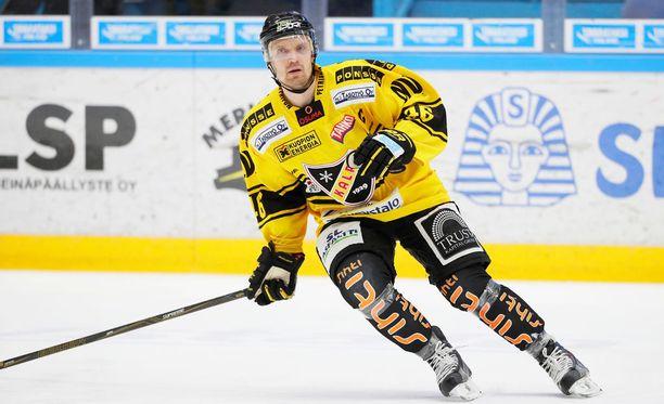 Jussi Timonen on KalPan kapteeni.