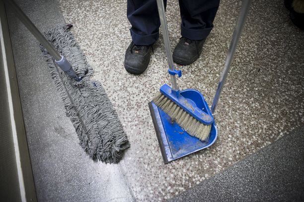 Siivooja siirrettiin töihin toiselle alueelle sosiaalityöntekijän ilmoituksen jälkeen.