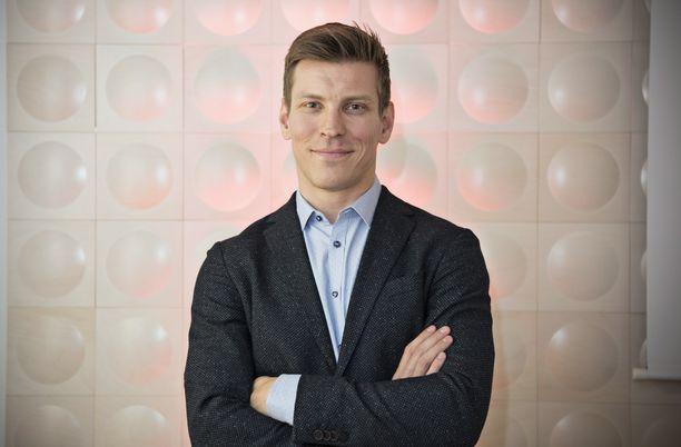 Antti Holma hauskuuttaa Instagramissa ystävänpäiväkuvallaan.