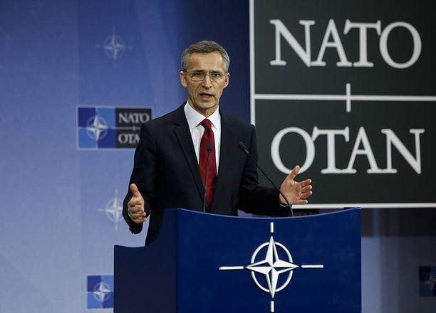 Naton nykyisen pääsihteerin, Norjan entisen pääministeri Jens Stoltenbergin kerrotaan omaavan hyvät suhteet Venäjään.