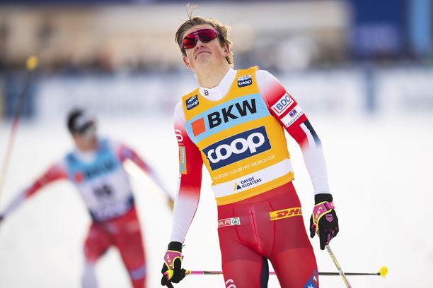Johannes Kläbo hallitsee sprinttihiihtoa.