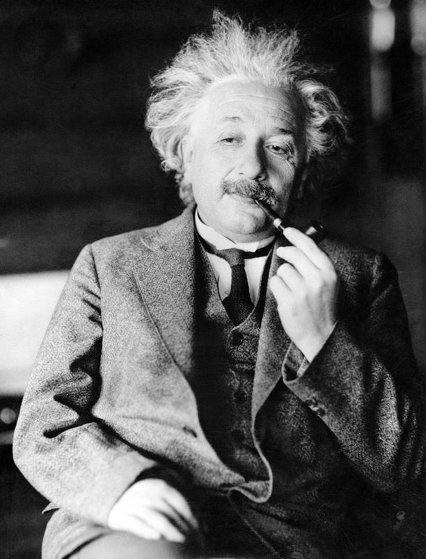 Albert Einsteinin keksimä suhteellisuusteoria saattaa joutua kyseenalaiseksi.