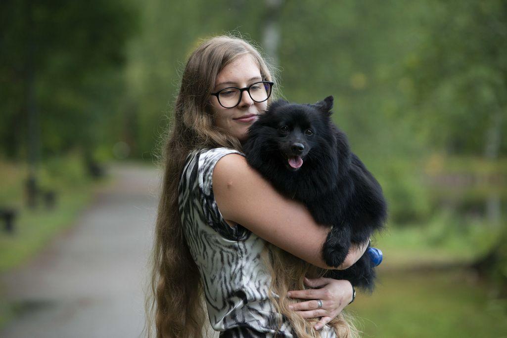 Ex-poikaystävänsä puukotuksen uhriksi joutunut Anne Matoniemi kärsii edelleen posttraumaattisesta stressihäiriöstä: hän väsyy helposti, näkee painajaisia ja heräilee öisin. – Lisäksi unohtelen asioita, joskus jopa syömisen.