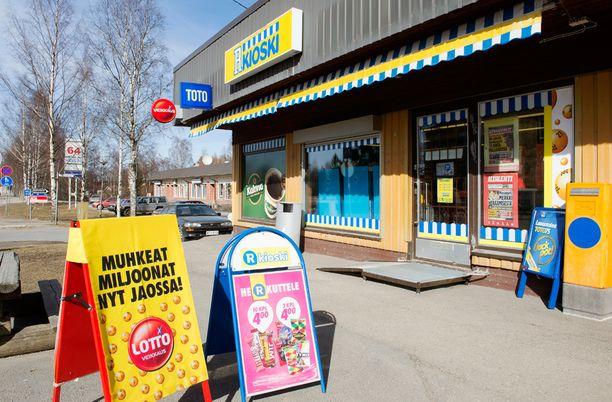 Poliisihallituksen mukaan Loton ja muiden Veikkauksen rahapelien markkinointi on ollut liian hyökkäävää.