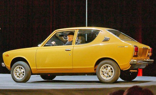 Carl Brewer sai HIFK:lta Datsunin. (Kuvan auto ei liity juttuun)