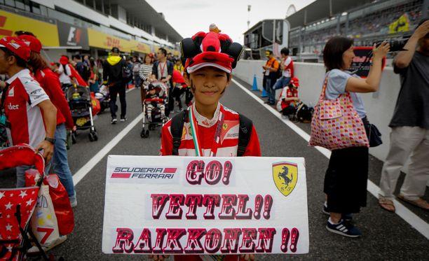 Punainen väri symboloi vaurautta useissa Kaakkois-Aasian kulttuureissa - joten liekö Ferrarin suursuosio lopulta ihme?
