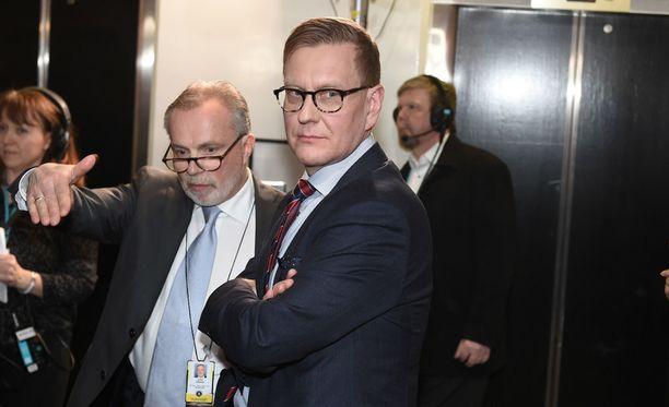 Ylen Atte Jääskeläinen sanoo HS:lle, ettei Julkisen sanan neuvosto tai ulkopuolinen selvitysmies päätä Ylen journalistisesta linjasta ja organisaatiosta.