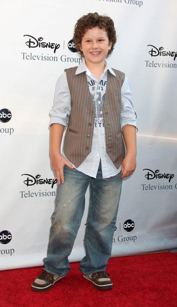 Nolan Gould aloitti Moderni perhe -sarjassa 11-vuotiaana pojanviikarina.