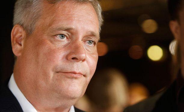 Antti Rinne sai huimat sakot.