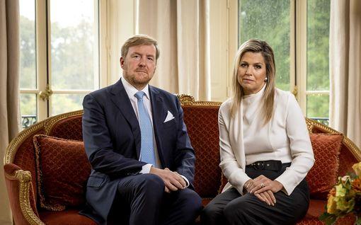"""Alankomaiden kuningaspari pahoittelee lisää kritiikkiä aiheuttanutta lomamatkaansa: """"Ei ollut viisasta lähteä"""""""