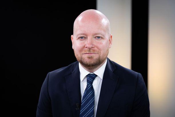 Jussi Saramo valittiin vasemmistoliiton ryhmänjohtajaksi.