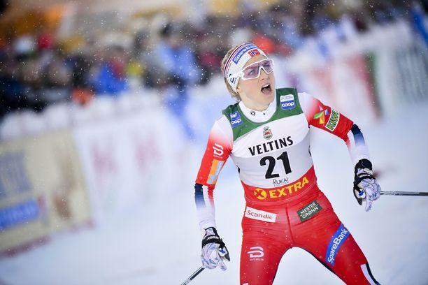 Therese Johaug on viimeksi hävinnyt normaalimatkalla Quebecin maailmancupissa viime keväänä. Silloin hänet kukisti Ruotsin Stina Nilsson.
