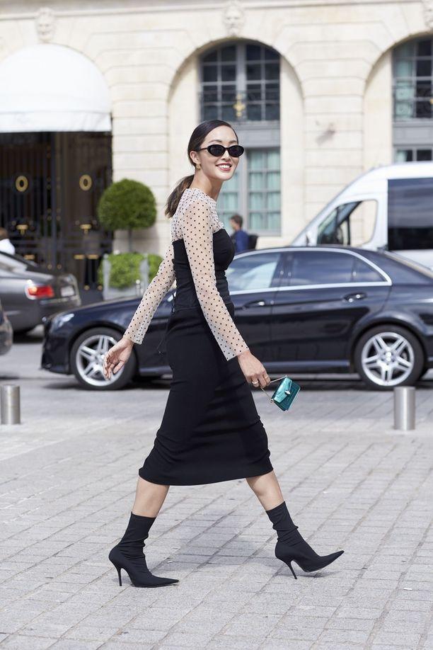 Balenciagan sukkanilkkurit ovat katumuotitähtien suosiossa.