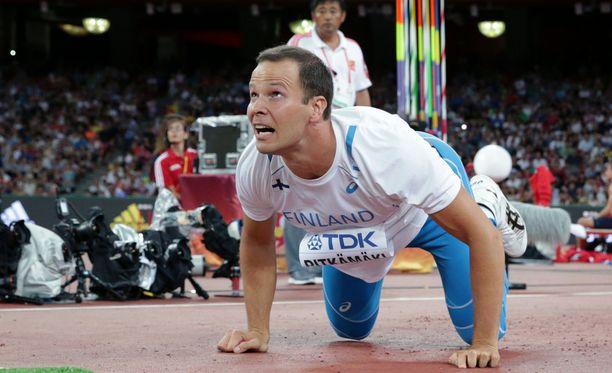 Tero Pitkämäki keskeytti Tukholmassa, mutta voitti silti. Kuva Pekingin MM-kilpailuista elokuulta.