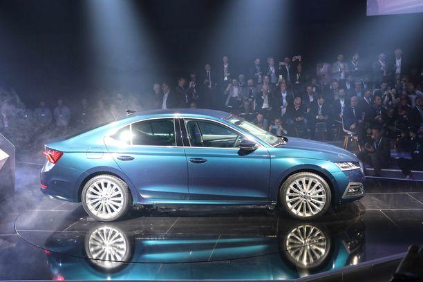 Skodan täysin uusi Octavia-malli paljastettiin Prahassa.