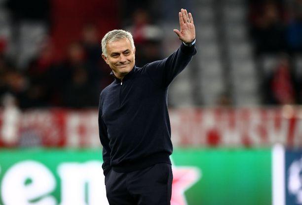 José Mourinho on saanut Tottenhamin tuloskäyrän nousuun.