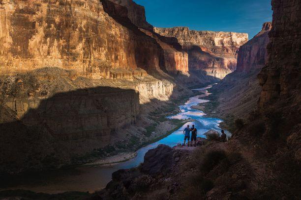 Grand Canyon sykähdyttää syyskuussa, kun pahin väkipaljous on poistunut.