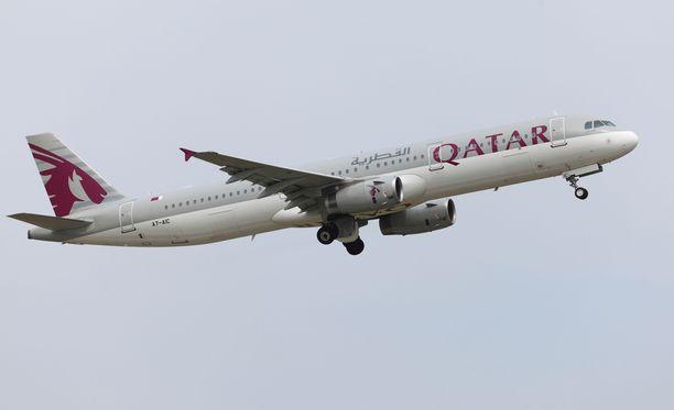 Qatar Airwaysin kone joutui kääntymään takaisin Dohaan sunnuntaina. Kuvituskuva.