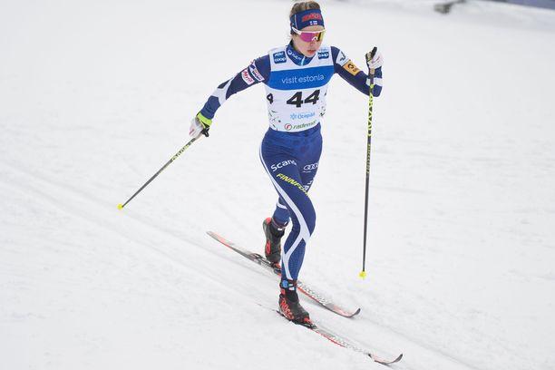 Laura Mononen teki kauden parhaan suorituksensa sunnuntaina Virossa.