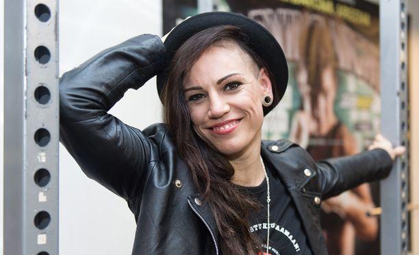 Eva Wahlström hullutteli hangessa.