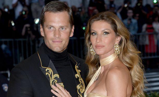 Gisele Bündchen ja Tom Brady ovat olleet yhdessä joulukuusta 2006 saakka.