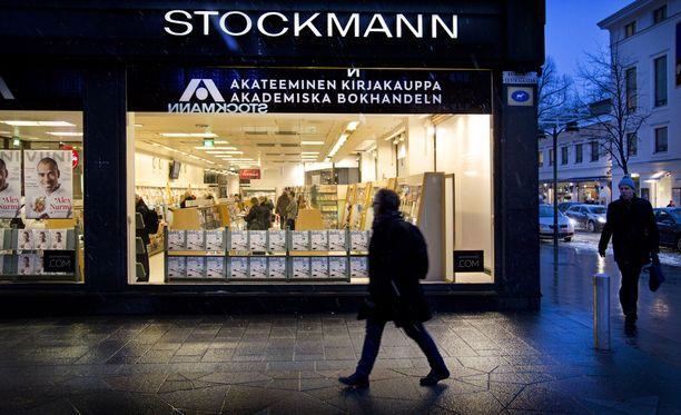 Stockmann selvittää Akateemisen kirjakaupan kodin, Alvar Aallon suunnitteleman Kirjatalon myymistä. Arkistokuva vuodelta 2013, jolloin Akateeminen oli vielä Stockmannin omistuksessa.