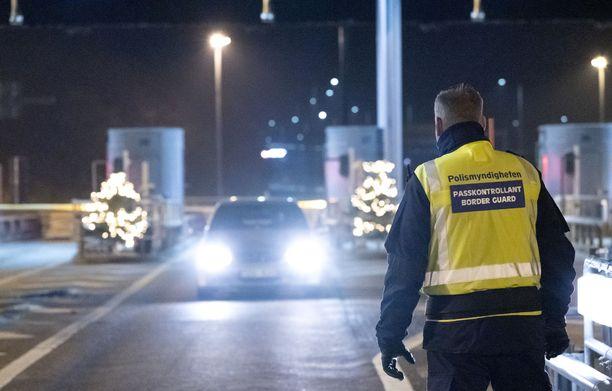 Ruotsi kieltää maahantulon Norjasta väliaikaisesti. Samankaltainen kielto koskee myös maahantuloa Tanskasta. Kielloissa on eräitä poikkeuksia. Kuvituskuva.
