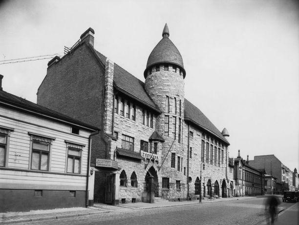 Nykyinen Glo Hotel Art 1930-luvulla, jolloin se toimi alkuperäisessä tarkoituksessaan Teknillisen korkeakoulun ylioppilaskuntatalona.