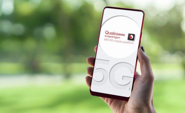 Pian entistä edullisemmat puhelimet tukevat 5G:tä.