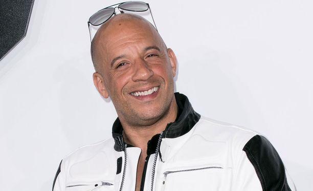 Vin Dieselin ensimmäisiä merkittäviä roolitöitä nähtiin elokuvassa Pelastakaa sotamies Ryan.