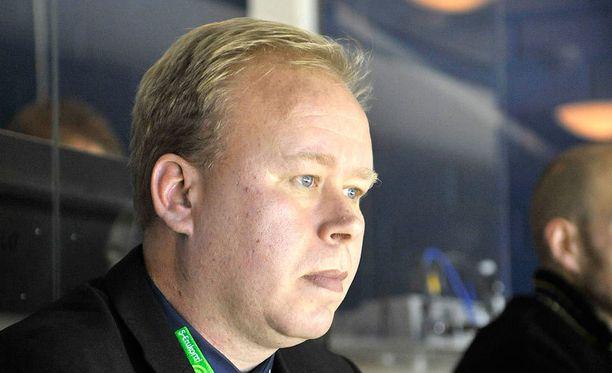 Timo Rajala silmäilee sentterimarkkinoille.