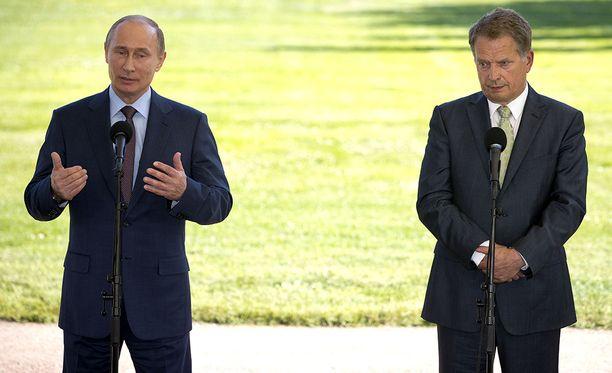 Vladimir Putin ja Sauli Niinistö ovat tavanneet Naantalin Kultarannassa useaan otteeseen.