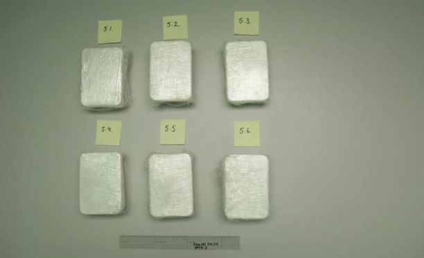 Rikolliset olivat yrittäneet pakata huumeet huolellisesti.