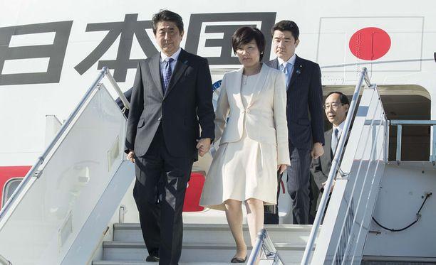 Japanin pääministeri Shinzo Abe tapaa tänään presidentti Sauli Niinistön.
