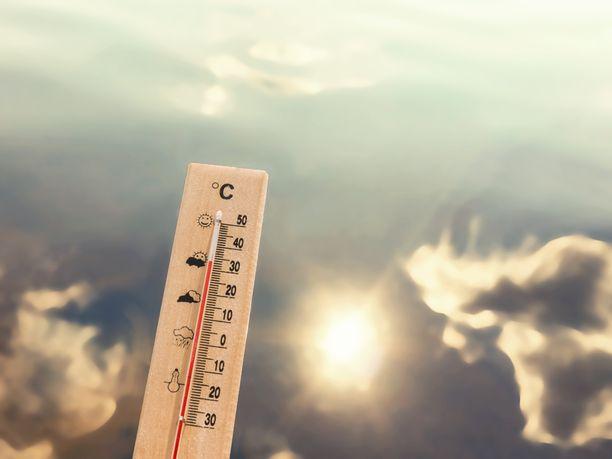 Lauantaille ennustetaan jopa 27 asteen lämpötilaa.